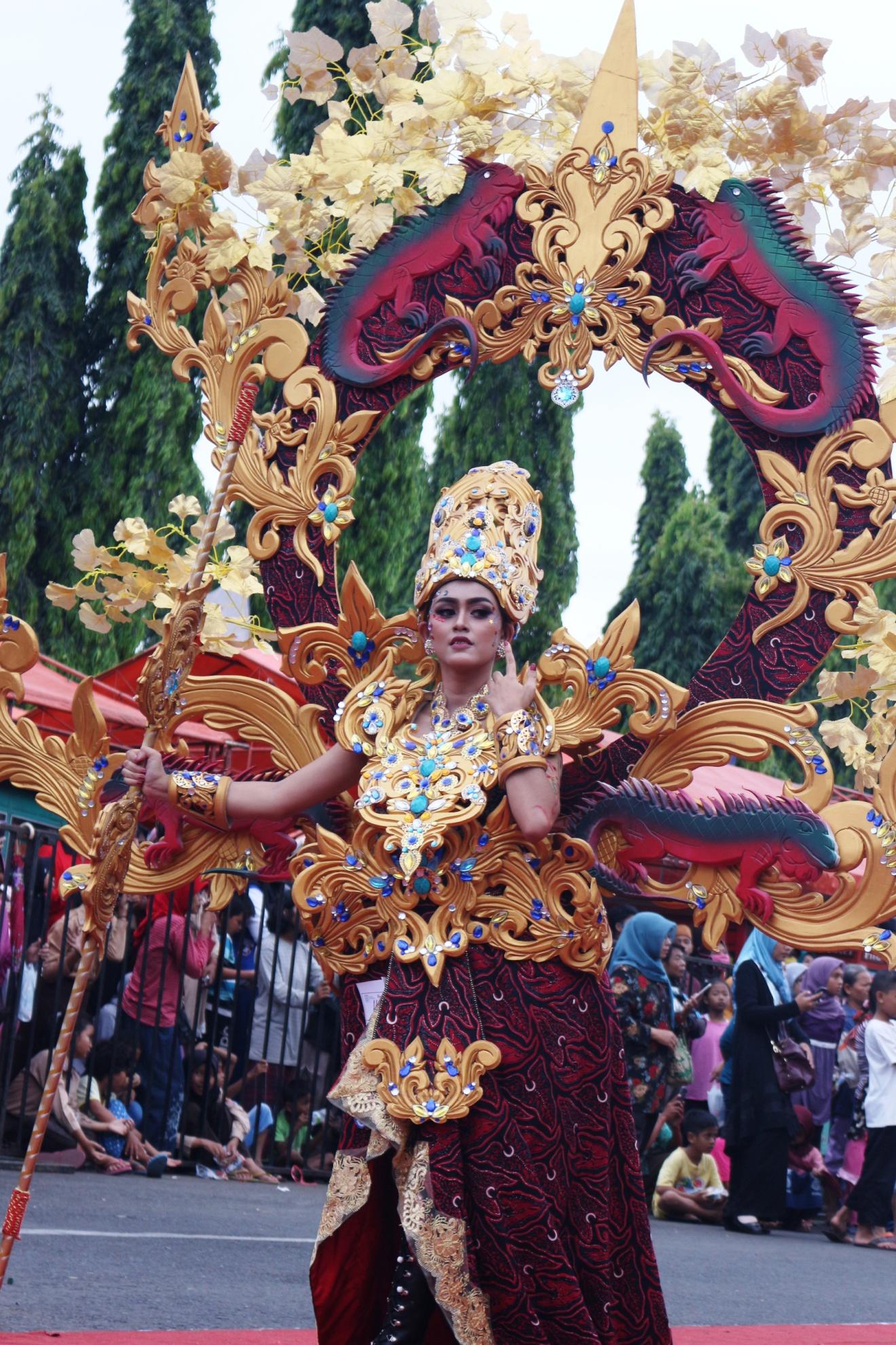 \\programbr-pc\backup foto\FOTO 2018\karnaval batik\IMG_2474.JPG