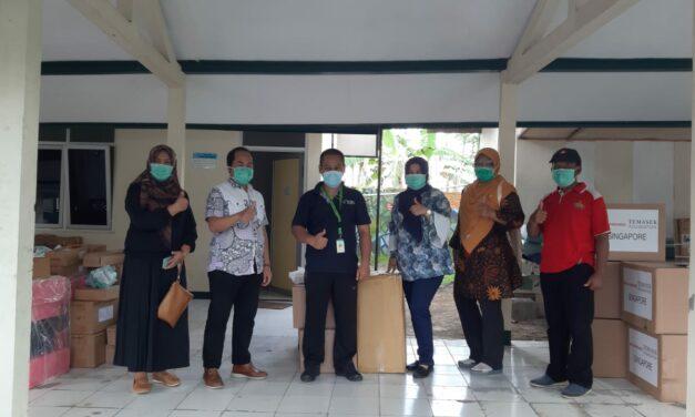 RSUD dr R Goeteng Taroenadibrata menerima bantuan alat kesehatan dan APD dari kementerian kesehatan